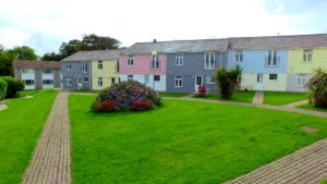 Contemporary Cornish Cottages - self catering Atlantic Reach and Spa Cornwall